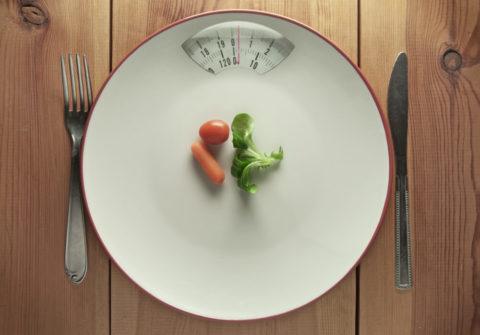 食べないダイエットは避けてください